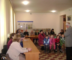 Волонтеры БФ Александра Романовского подарили творческий вечер участникам Пасхальной выставки