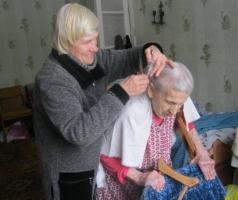 В Рубежном волонтеры БФ Александра Романовского помогли ветерану войны и его жене