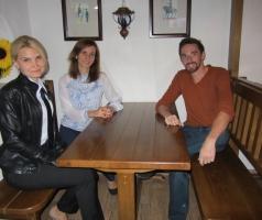 Журналисты и волонтеры помогают европейцам узнать правду о реальной ситуации на Донбассе