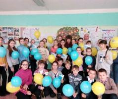 Волонтеры БФ Александра Романовского устроили соревнование для юных эрудитов