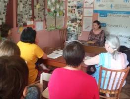 В Торецке волонтеры встретились с опытным медработником